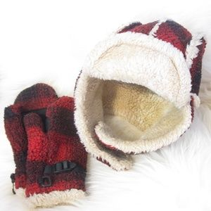 Gap sherpa trapper hat and mitten set